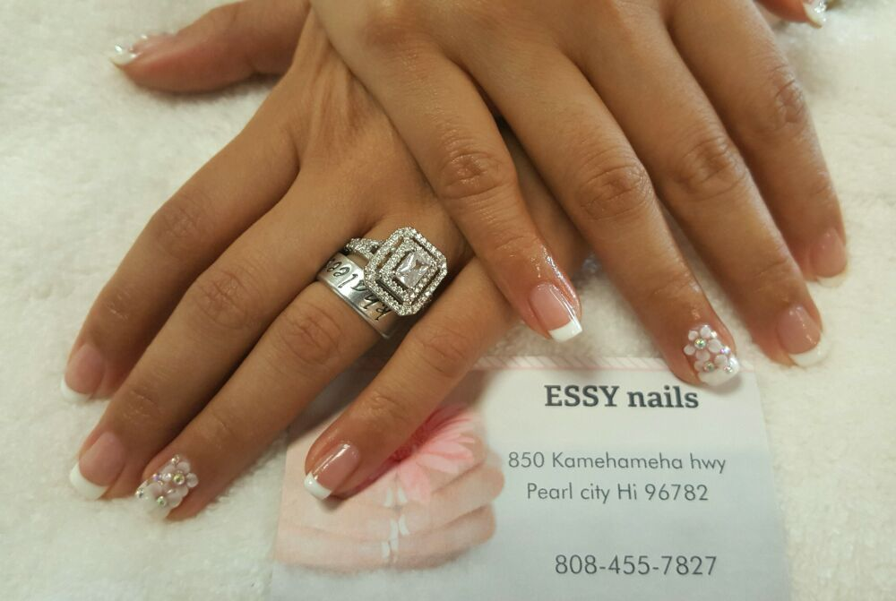 essy nails pearl city